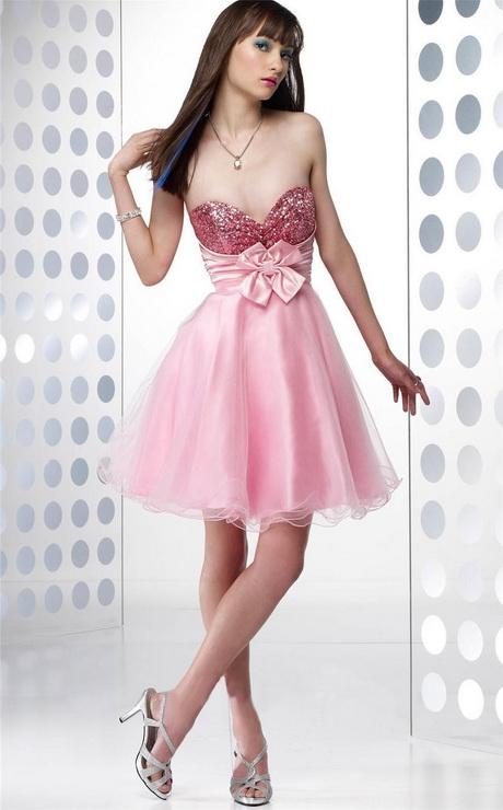 Modelos de vestidos cortos para fiestas