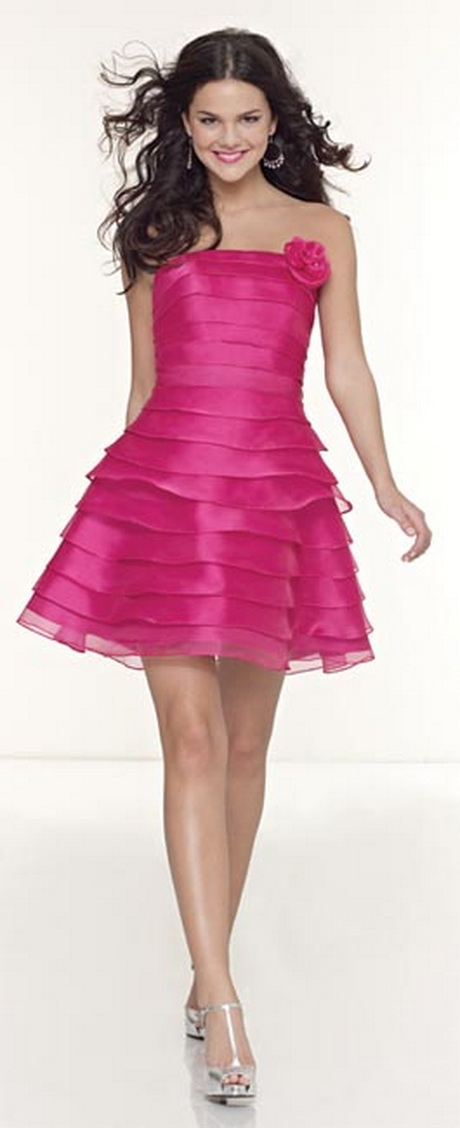 Modelos de vestidos de fiestas cortos