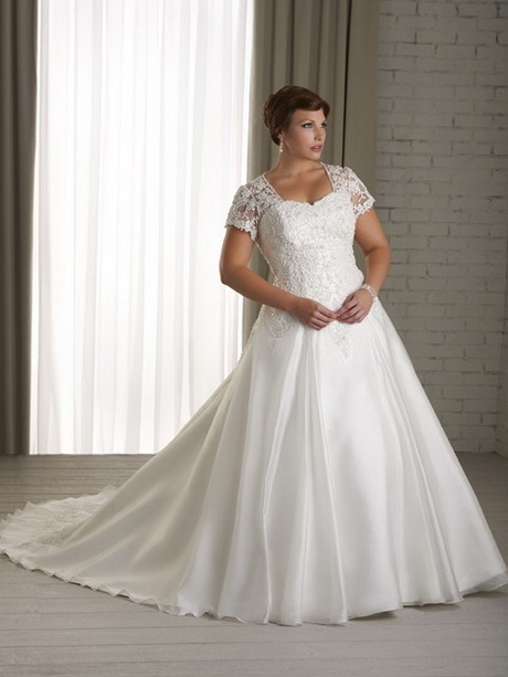 Vestidos de encaje para novias gorditas