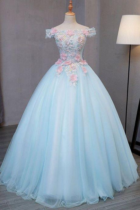 Imagenes de vestidos de 15 años estilo princesa color azul