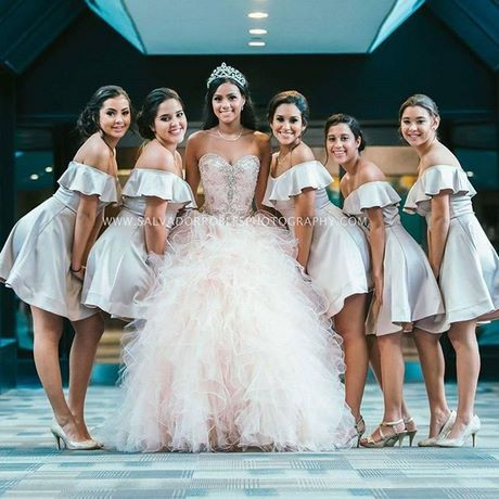 Vestidos de damas de honor xv